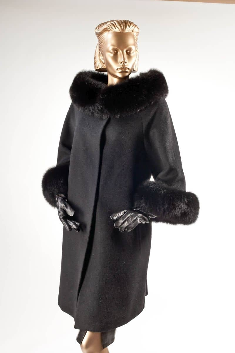 Moteriški paltai